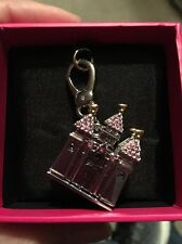 2013 JUICY COUTURE CASTLE CHARM (RETIRED) YJRU7086