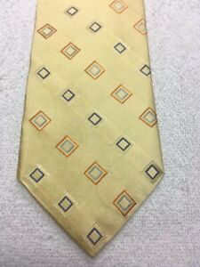 TOMMY HILFIGER MENS TIE GOLD WITH ORANGE BLUE YELLOW 3.75 X 59