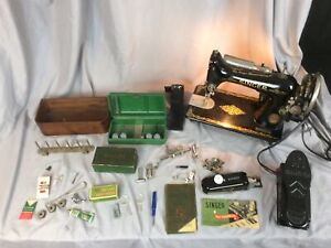 Century Of Progress 1933 Singer Sewing Machine 99-13 With Rare Shoe Foot Pedal