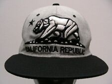 CALIFORNIA REPUBLIC - ONE SIZE ADJUSTABLE SNAPBACK BALL CAP HAT