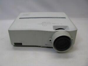 Mitsubishi XL1550U 600:1 3100 Lumens LCD Video Projector w/Lamp *No Remote*