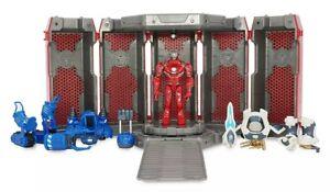 IRON MAN HALL OF ARMOR Marvel Toybox MIB Figure Disney Store Exclusive Legends