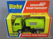 """DINKY TOYS MODEL  No.449 JOHNSTON ROAD SWEEPER  """" LIME GREEN VERSION """" VN MIB"""