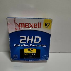 """Maxell 3.5"""" diskette open box 8 disks - MF 2HD, 1.44MB"""