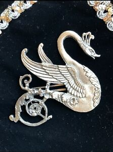 Vintage 1940's silver plated swan sweater dress clip