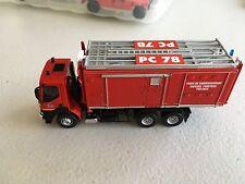 1/64 scale Fire Truck Command Center