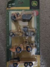 4 Piece Collect N' Play Vehicle Carded Set Assorted - John Deere