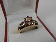 9ct YELLOW GOLD AMETHYST  CLUSTER RING SIZE Q VERY UNUSUAL SHANK