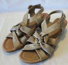 DIANA FERARRI SUPERSOFT ~ Light Tan Metallic Plaited Leather Wedge Sandals 10C
