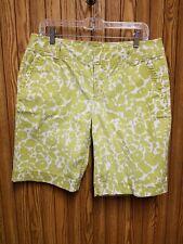 Caslon Women's White with Green Floral Print Bermuda Shorts Size 12 VGUC