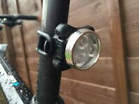 Superb Bicycle MTB Bike Front White LED light USB Rechargeable 4 modes 3 LED