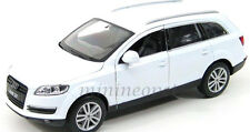 WELLY 22481 AUDI Q7 SUV 1/24 DIECAST WHITE