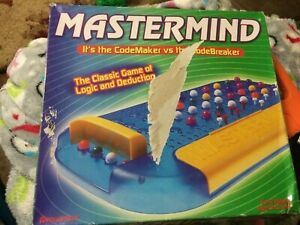VINTAGE BOARD GAME Mastermind Game: CodeMaker Vs CodeBreaker 8+ Pressman 2004