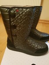 NIB kids girls UGG Heart Puffy tall quilted black boots size 4