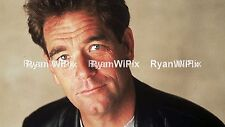Huey Lewis.- photo Unsigned- suitable for Autograph - 8x10