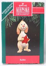 VINTAGE! 1991 Hallmark Keepsake Ornament Winnie the Pooh Rabbit-QX5607