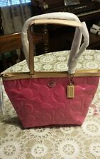 NWT COACH F25187 SIGNATURE EMBOSSED PATENT LEATHER LARGE TOTE MULBERRY/TAN $358