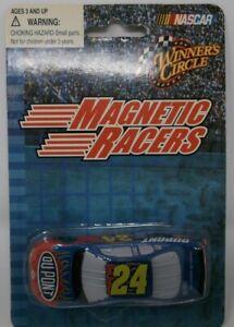 Winner's Circle Jeff Gordon #24 1:64 Magnetic Racer
