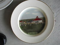 Vintage Collector Plate - 1975 Round Barn Hershey Pennsylvania
