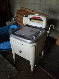 Working Vintage Maytag Wringer Washer 1950s Art Deco retro cool!