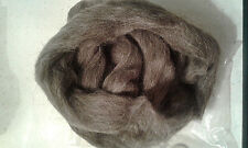 75g fine Grey*Professionally Combed Shetland Fleece as pictured