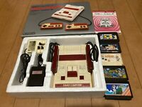 Nintendo Famicom Console with BOX and Manual, Games