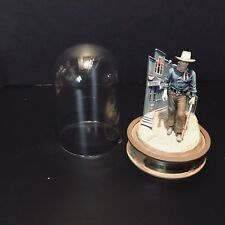 "Franklin Mint John Wayne Domed Collection "" Champion Of The West�"