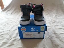 Baskets Fille, Noir/Rose , Marque ADIDAS  , Pointure 20 , Comme Neuf