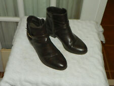 Valerie Stevens Haliday Faux Leather Ankle Boots Women's size 8 M Brown