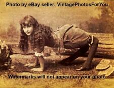 Vintage/Old Scary/Creepy/Weird Side/Freak Show Ella Camel Girl Harper Photo