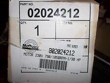 NEW NIB MAGNETEK MOTOR DE3D282N .03 HP 1050/790 RPM .47/.35 AMPS 50/60 HZ  (M4)