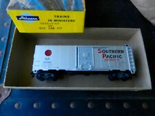 """ATHEARN #1205 SOUTHERN PACIFIC LINES """"OVERNIGHTS"""" SLVR 40' SNG DR BOXCAR #163985"""