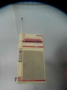 Ancien Poste Transistor Philips D-1210 AM-FM 1980