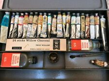 Winsor and Newton Artists Oil paints set in steel box with mahogany board