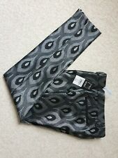 Brand New – Men's Skinny Trousers UK 28s Black and Silver pattern