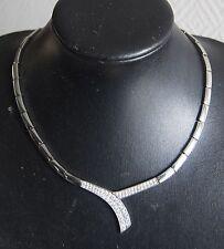 collier ras de cou VICTORIA en acier et strass prix magasin 129 €