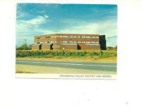 MADAWASKA VALLEY DISTRICT HIGH SCHOOL, BARRY'S BAY, ONTARIO, CANADA POSTCARD