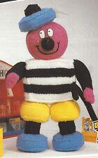 """Toy Bertie Bassett Knitting Pattern in Double Knitting 18"""" 867"""