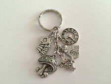 ALICE IN WONDERLAND Vintage Silver Tone Color Key ring. mythical gift, present