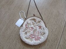 ANTIQUE VICTORIAN LADIES MICRO BEADED PURSE CHAIN HOLDER METAL CLASP IVORY