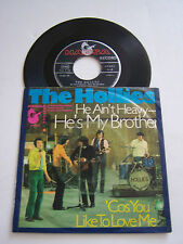SP 2 TITRES VINYL 45T , THE HOLLIES , HE AIN'T HEAVY . VG + / VG ++ . ANGLETERRE