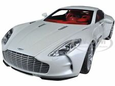 ASTON MARTIN ONE 77 MORNING FROST WHITE 1/18 DIECAST CAR MODEL BY AUTOART 70244