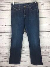 Wrangler Jeans Size 9/10 Q Baby Medium Wash Straight Leg WRQ20LB Mid Rise