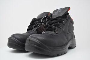 V12 Elk, Grained Chukka Safety Boot, Black