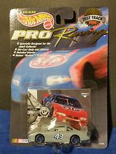 1998 HOT WHEELS Racing #43 BOBBY HAMILTON Test Track Car Nascar Rubber Tires