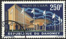 Dahomey 219 gestempeld 1963 Palace de Unie