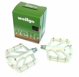 Wellgo B252 Low Profile Mountain Bike Pedals, Silver, 155g