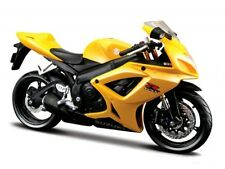 Suzuki GSX r600 amarillo escala 1:12 la cast bike model de maisto