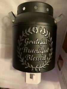 Sonoma Scented Wax Cube Warmer Outlet Warmer -Grateful Thankful  Black