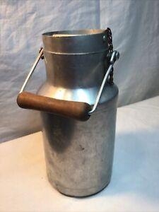 Pot A Lait Ancien En Aluminium Et Poignée Bois
